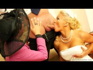 Жених трахает невесту и свидетельницу после свадьбы